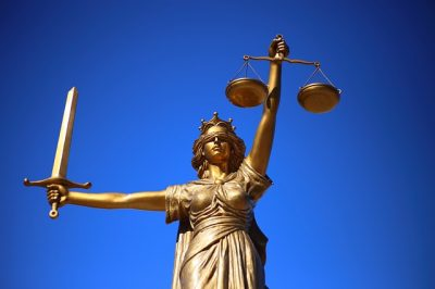 inheritance, estate battle, contesting a will, estate dispute